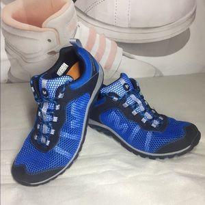 Merrell mens sneaker Size 9